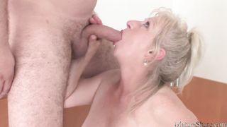 Idős nő szexvideók